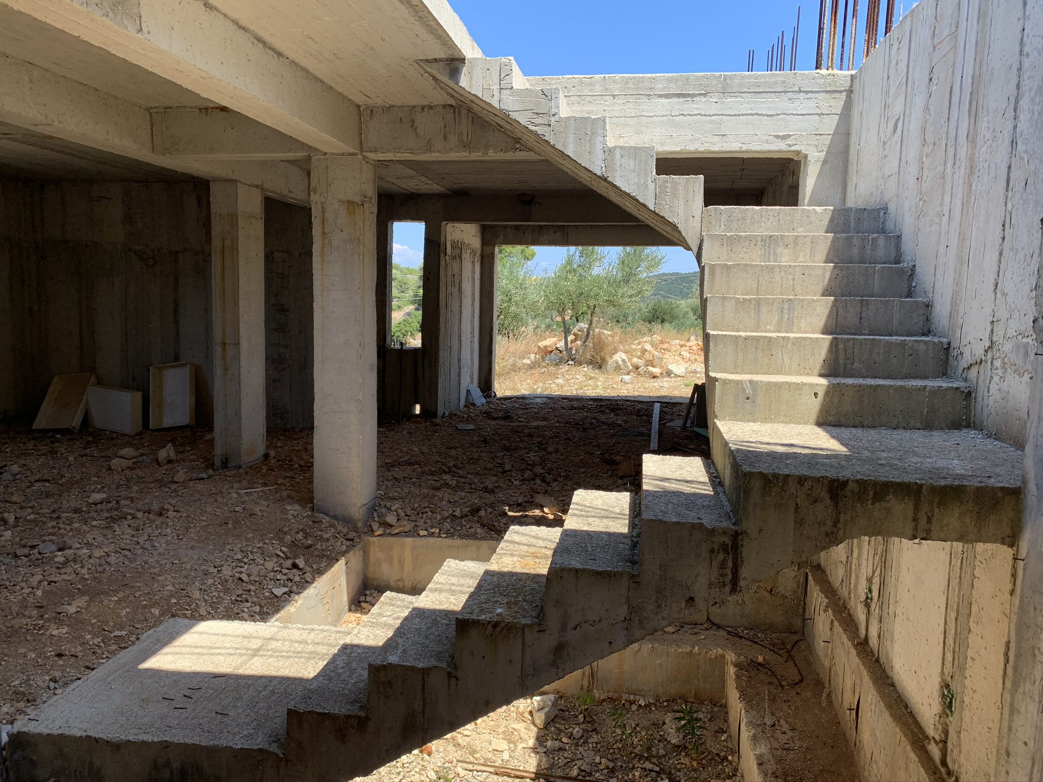 Structural foundation of property old off plan in Vathi
